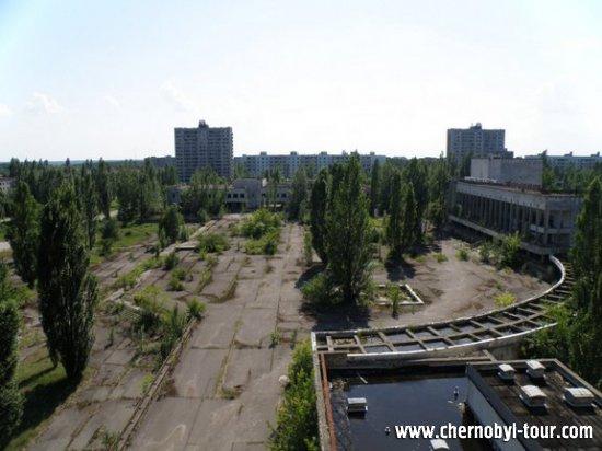 Центральная площадь Припяти, вид из гостиницы Полесье